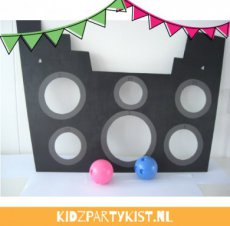 Piratenfeest spel piratenboot bommen gooien